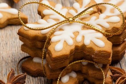 5cc1b25e7708f9746b07c86cb22afbf131dc97d1_christmas-snowflake-cookies